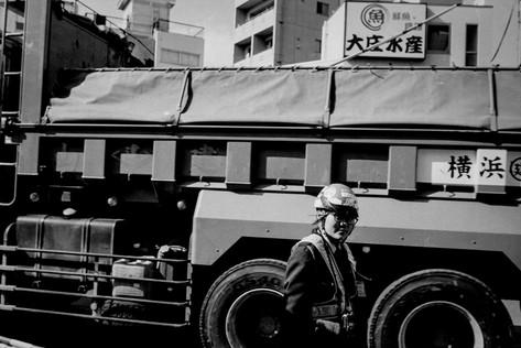 Shimokitazawa_truck.jpg