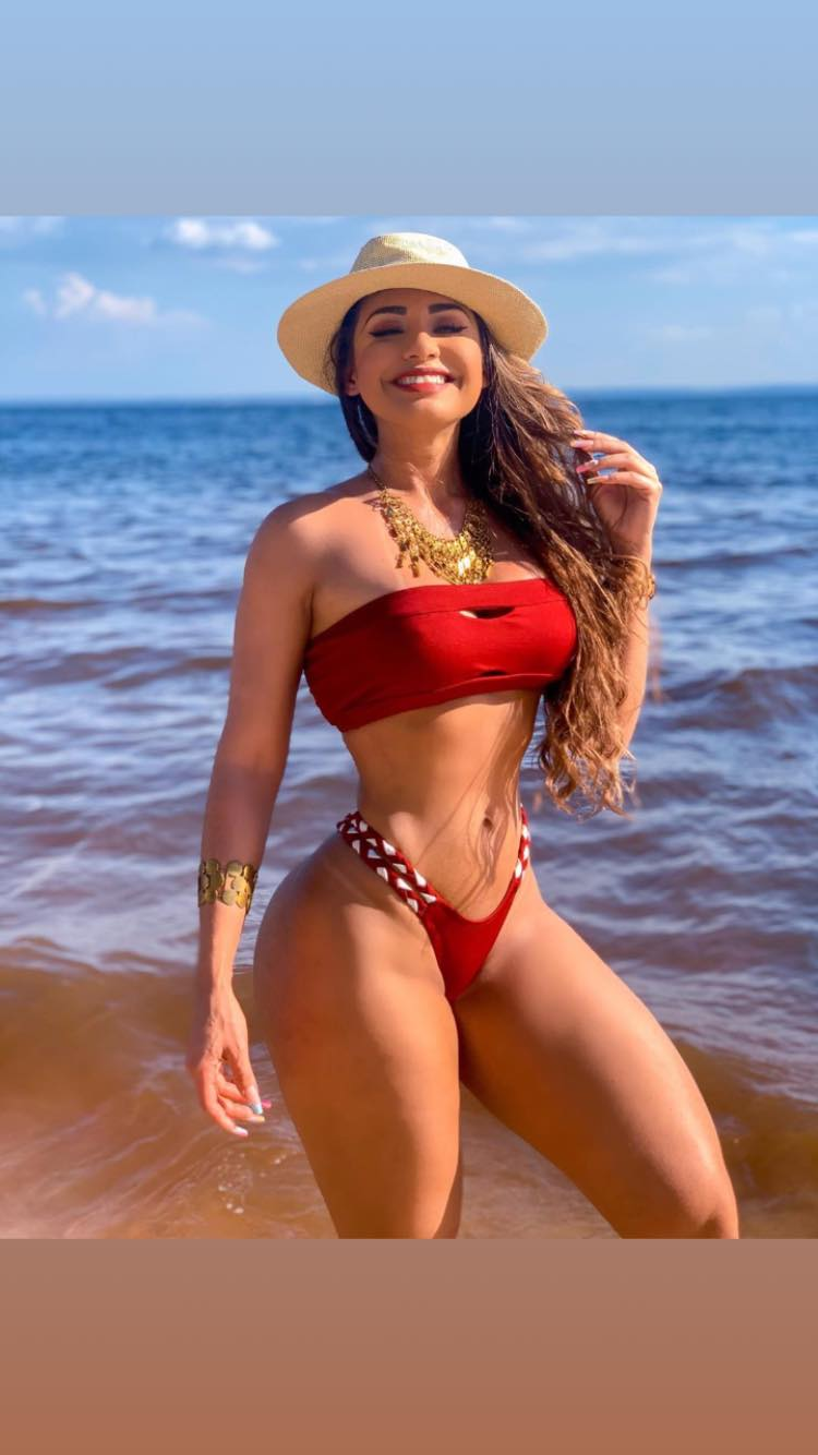 Isabelle Araujo AM Manaus Bella -  biqui