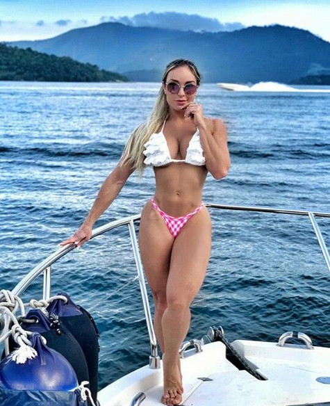 tatiana-Tatiana Lobão.jpg