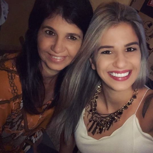 ANINHA E DANIELA