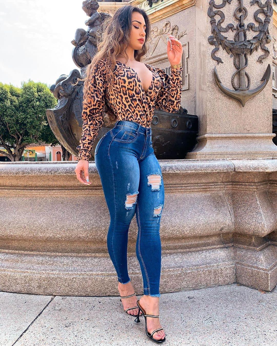 Isabelle Araujo AM Manaus Bella -  jeans