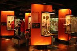 Interior_do_Museu_da_Língua_Portuguesa_e