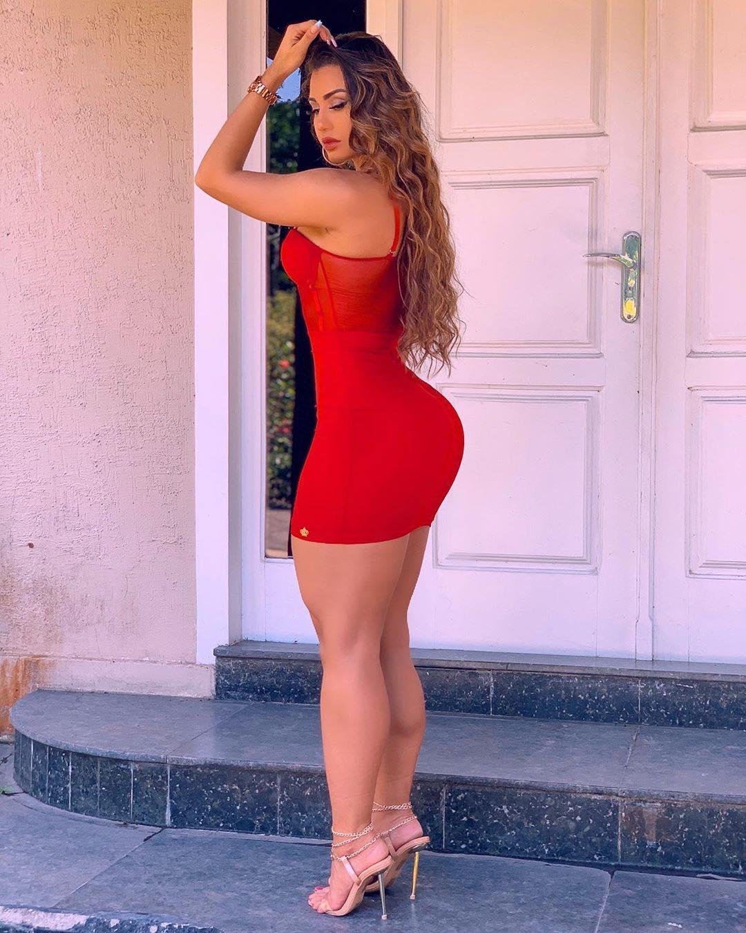 Isabelle Araujo AM Manaus Bella -  vesti