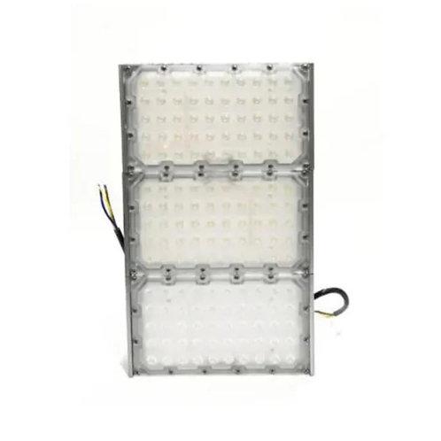 Refletor de Led para Área interna   Área externa 300W IP68 N2 3Módulos M2021