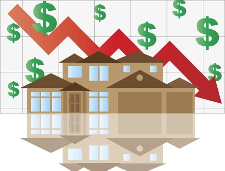 Diverging Property Forecasts