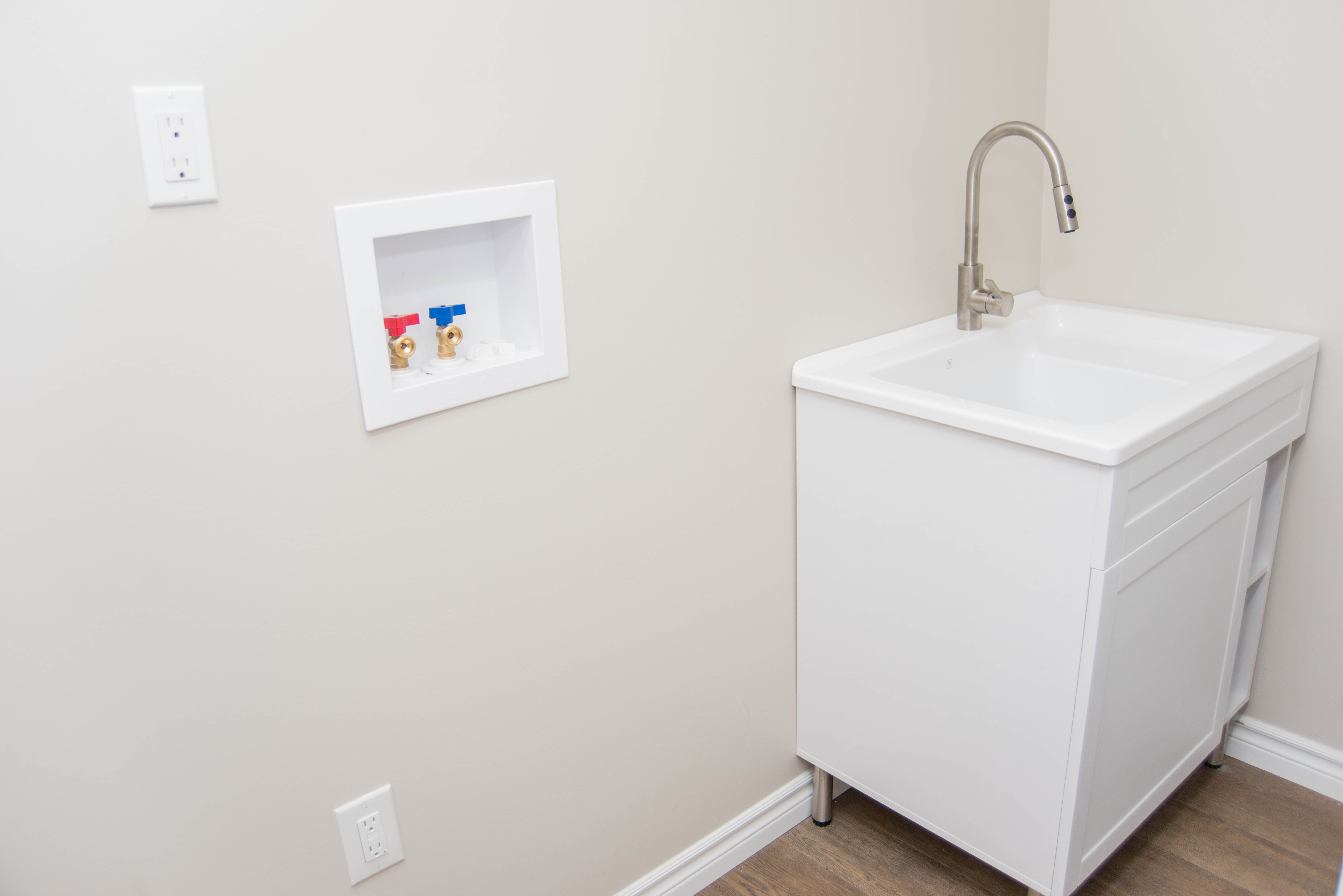3 Bedroom - Washer/Dryer Hookup