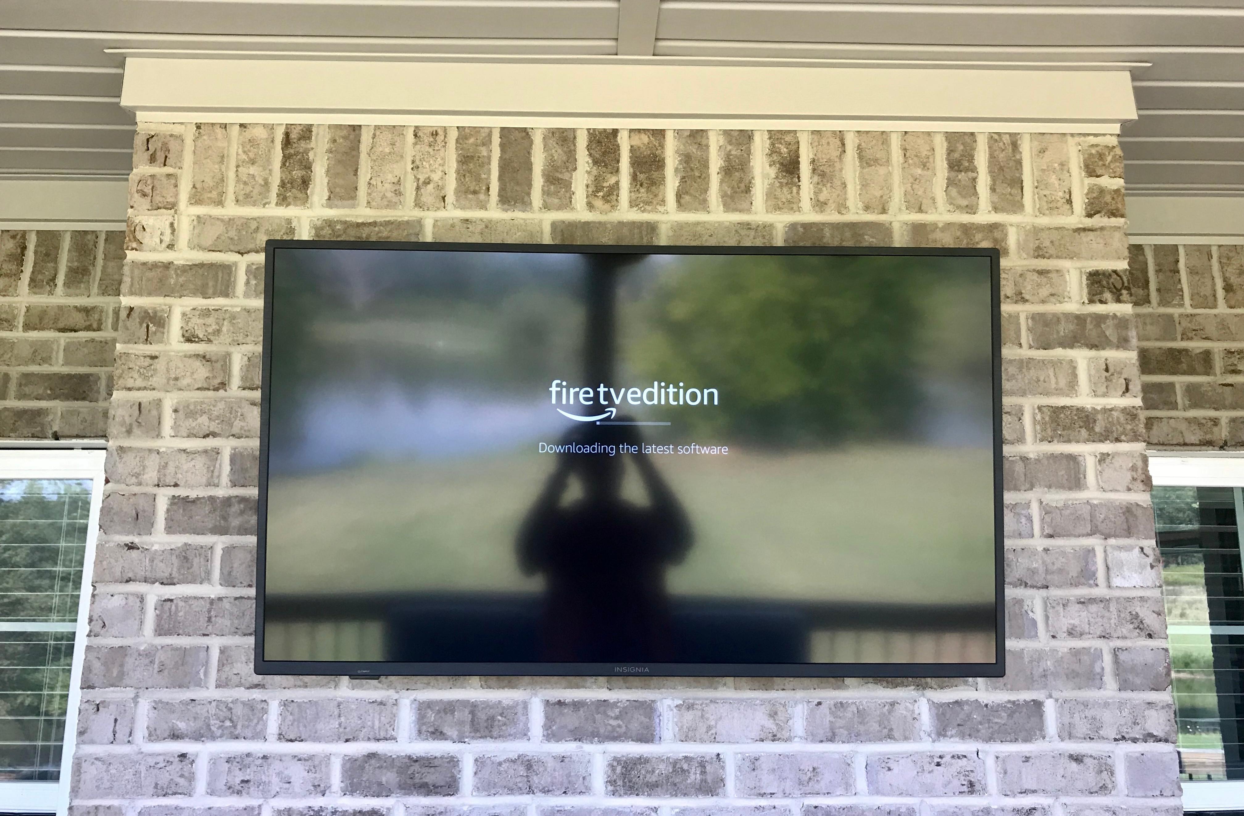 """TV Install Brick (70""""-up)"""
