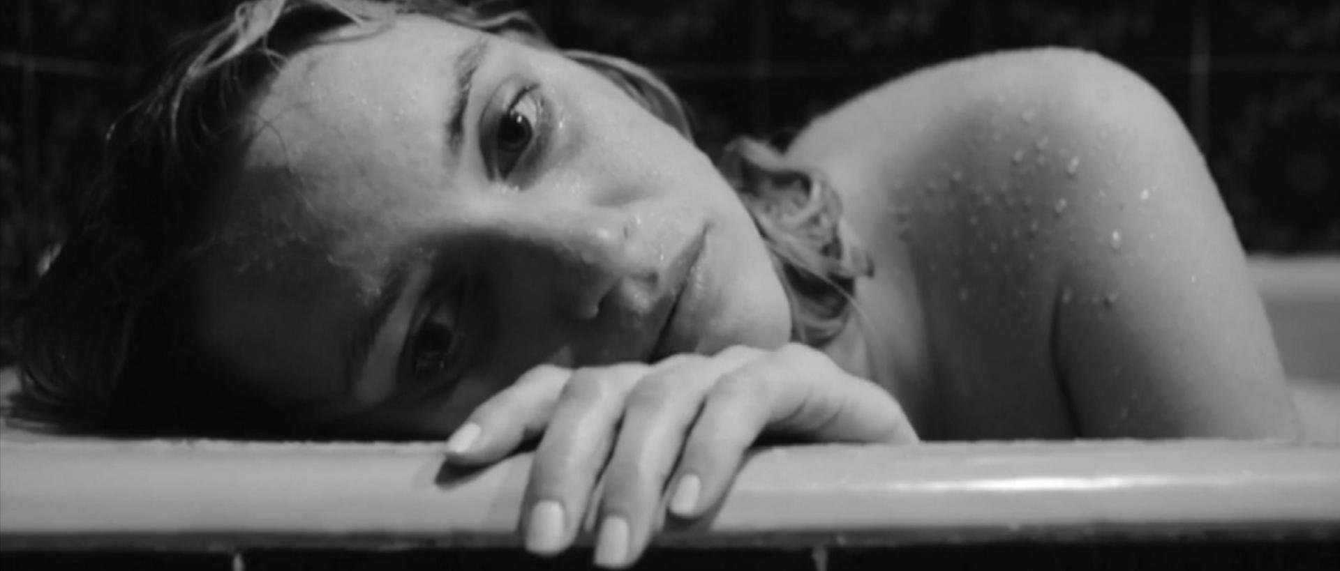 Fancy Alexandersson, actress bathtub