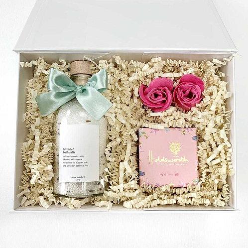 pamper birthday gift box for her