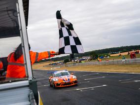 Redline Racing Stars At Snetterton As Zamparelli Takes Championship Lead