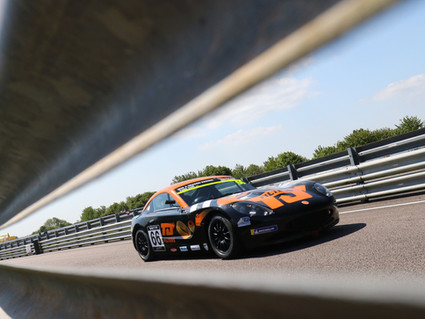 More silverware and strong pace for Richardson Racing at Thruxton