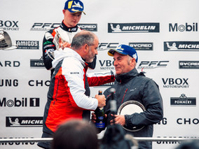 Redline Racing Maintain Championship Lead From Emotional Knockhill Weekend