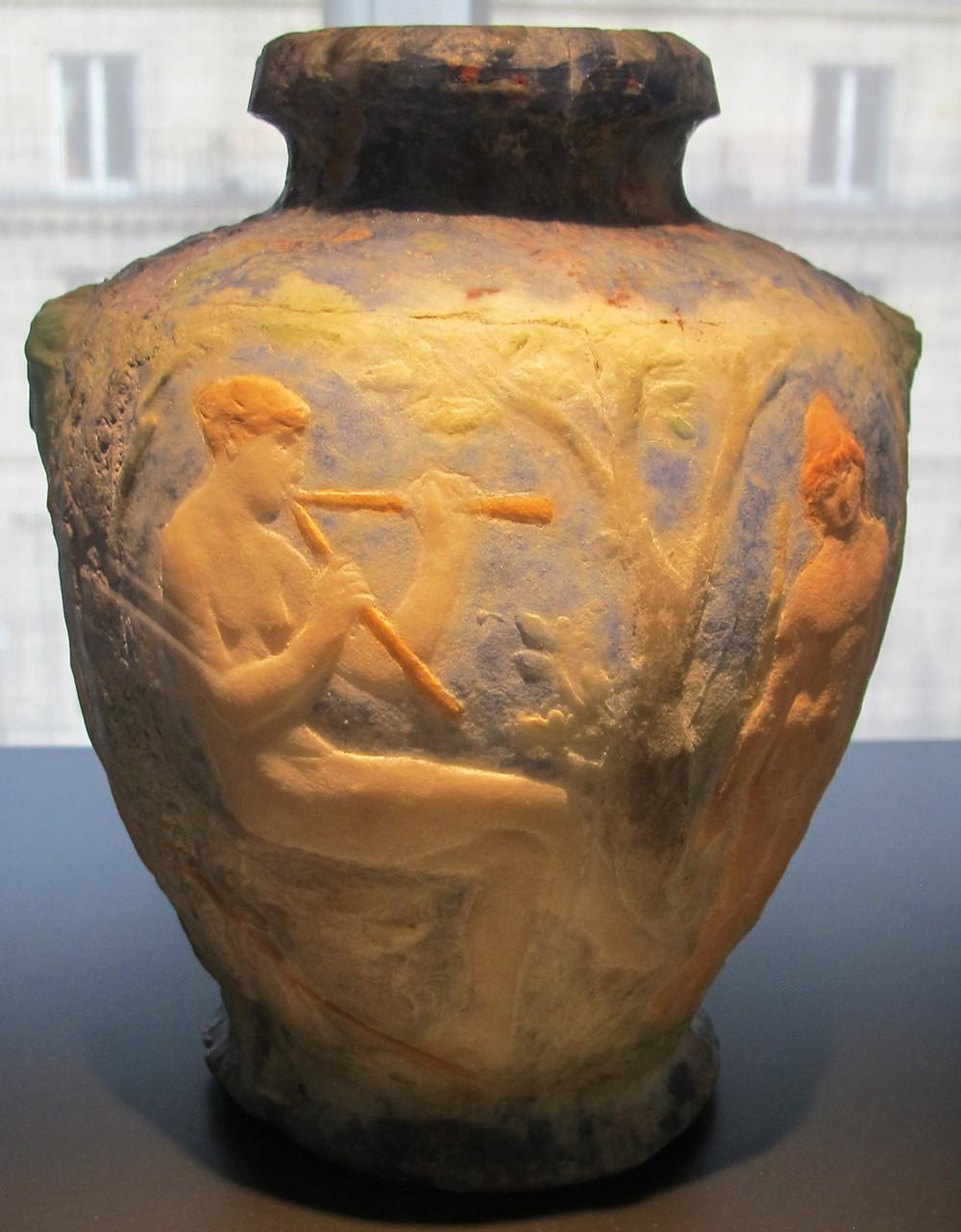 Paris, musée des arts décoratifs.