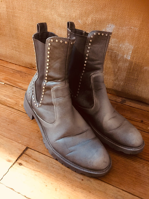 Rustic Utility Boots