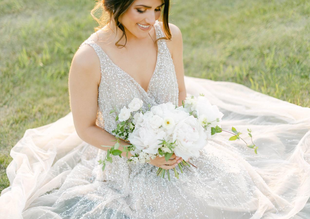 White Minimal Bouquet