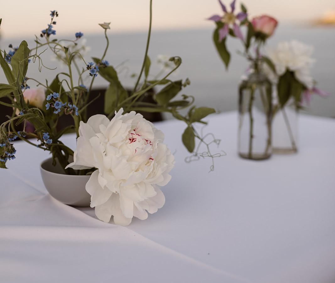 Minimal Table Vases