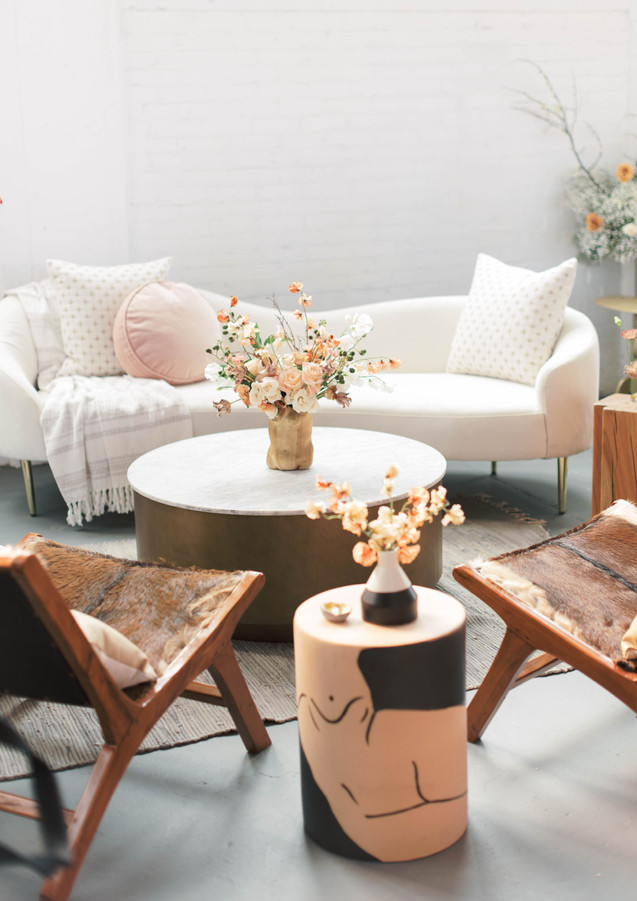 Galentine's Party Lounge