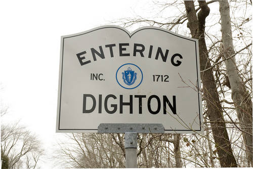 ENTERING DIGHTON