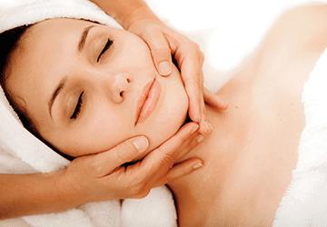 Sculpturing Face Lift Massage
