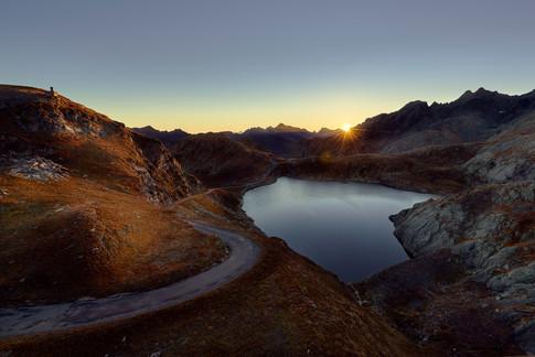 Sonnenaufgang am Lago Scuro