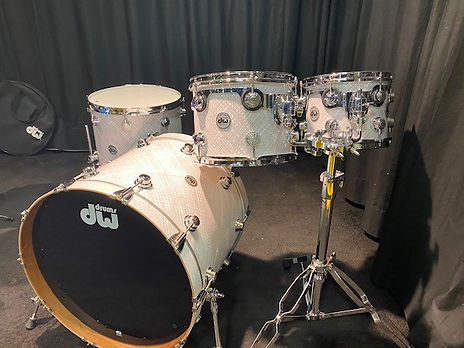 dw collectors cherry finish ply white cr