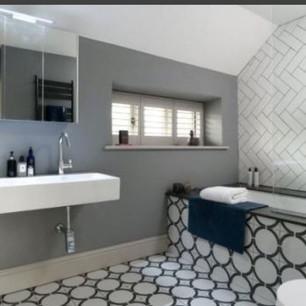 Interior Bathroom.jpg