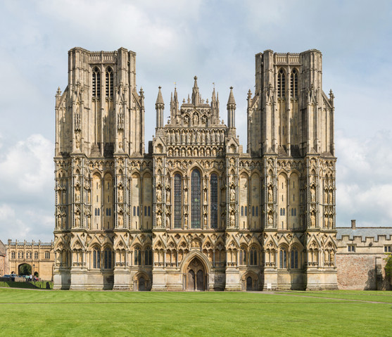 Wells – Cathedral, Vicars Close, Bishops Palace & Gardens