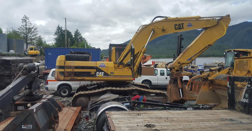 Cat 330L Excavator.jpg