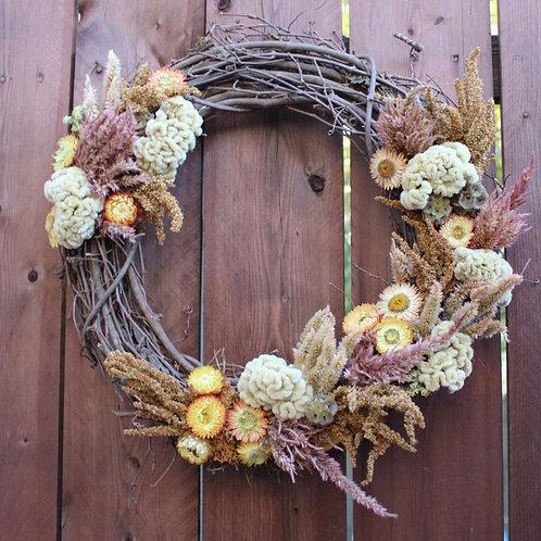 Pale Dried Flower Wreath