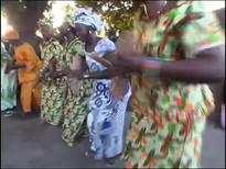 Jola Tänzerinnen