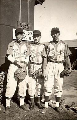 manzanar_baseball