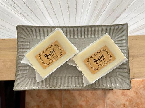 極簡洋甘菊皂