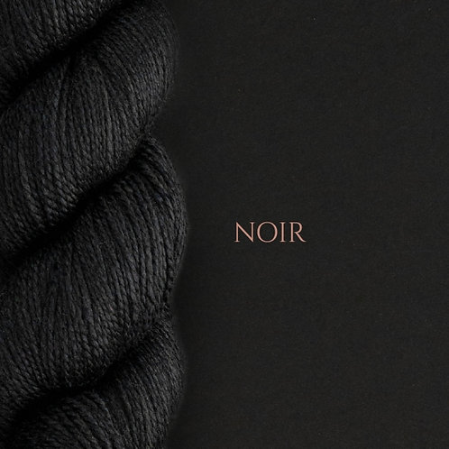 WYS Exquisite 4ply_Noir 099