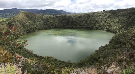 lac Guatavita.jpg