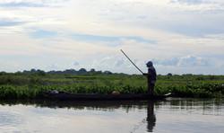 Pêcheurs dans les marais