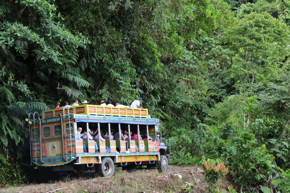 L'art de la peinture des bus chivas-Colombie