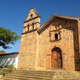 Église taillée en pierre