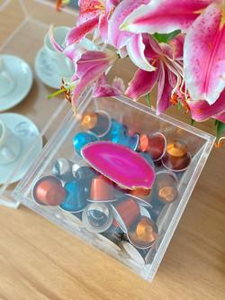 Caixa Porta Cápsulas - Ágata Ouro Pink