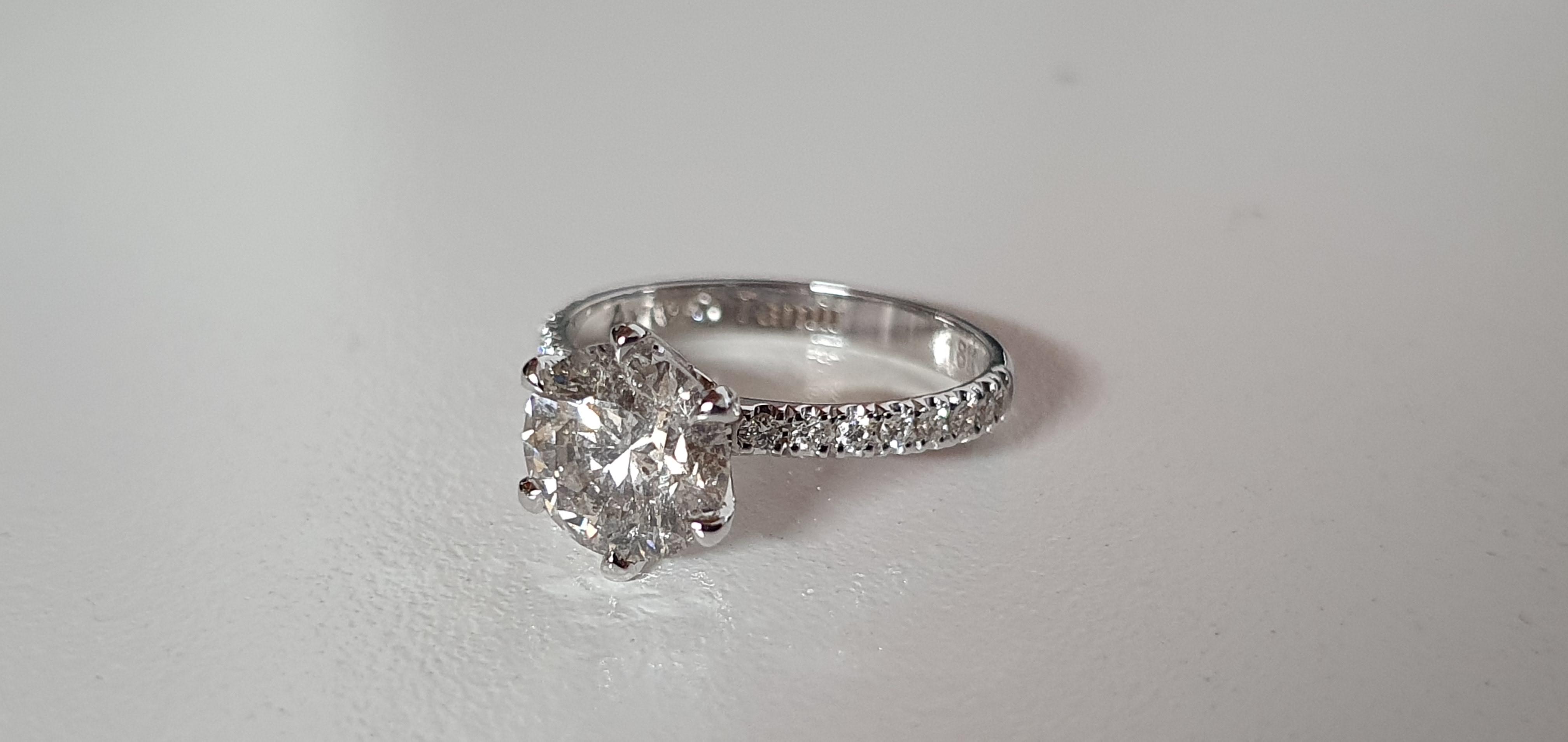 עיצוב תכשיטים - טבעת יהלומים