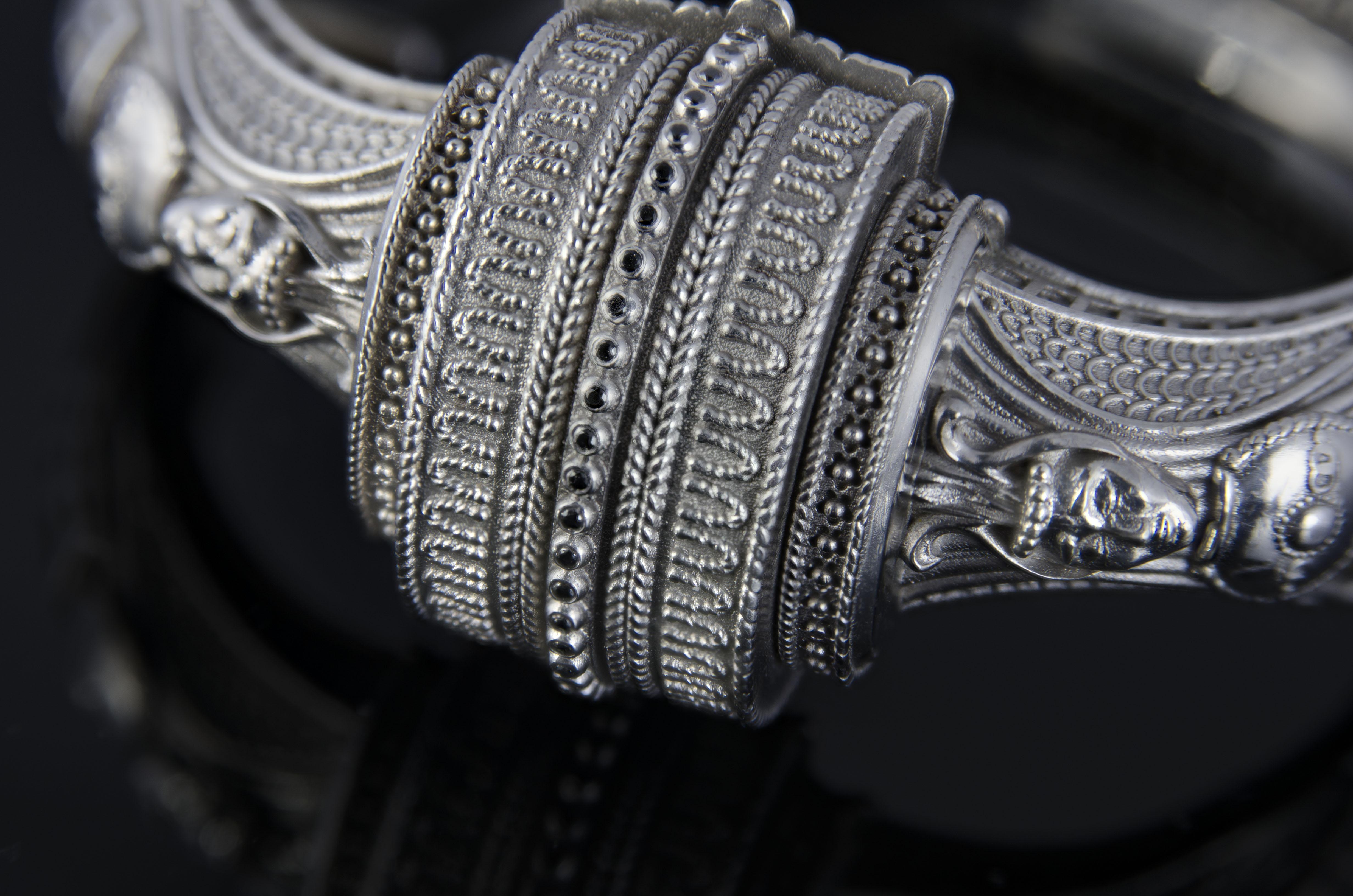 JEWELRY DESIGN \ עיצוב תכשיטים