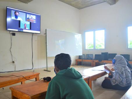 Distance Learning Volunteer Program