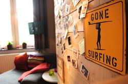 DB5-0201 - gone surfing