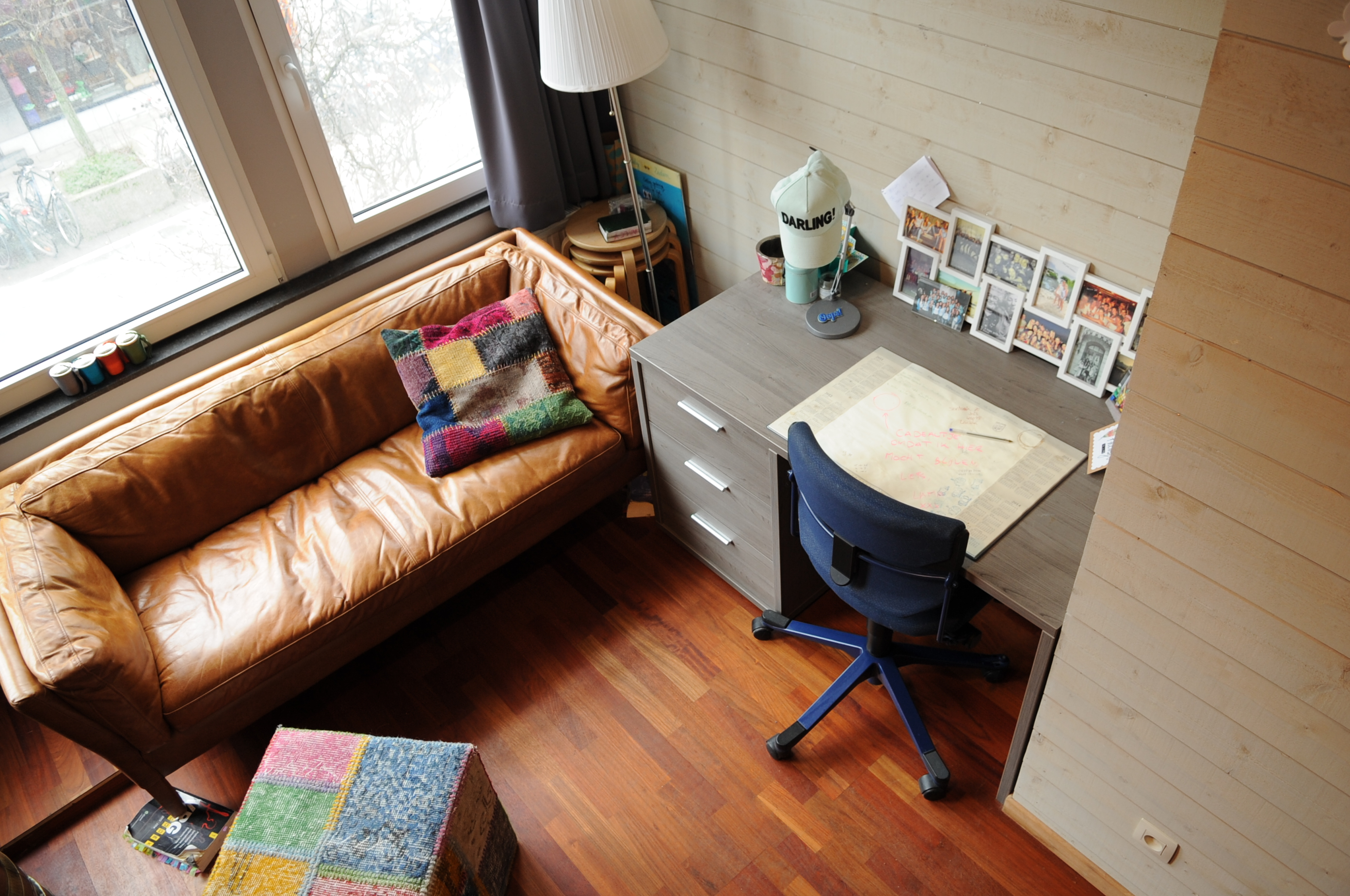 DB5-0103 - zithoek en bureau