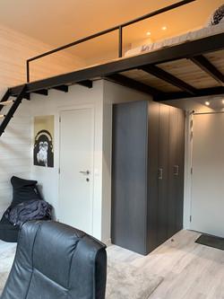DB12-0103 - mezzanine
