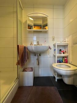 DB3-0202 - sanitair, douche, wastafel, t