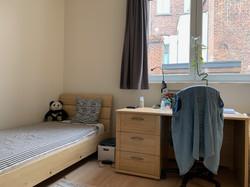LP2-0201 - bed, bureau