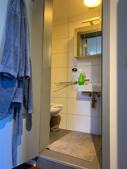 DB5-0101 - sanitair, wc en wastafel