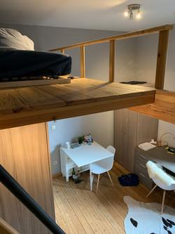 DB5-0201 - hoogslaper, eetplaats, bureau
