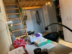DB5-0203 - bureau, trap, rek en kast