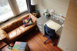 DB5-0103 - zithoek en bureau, zicht vano